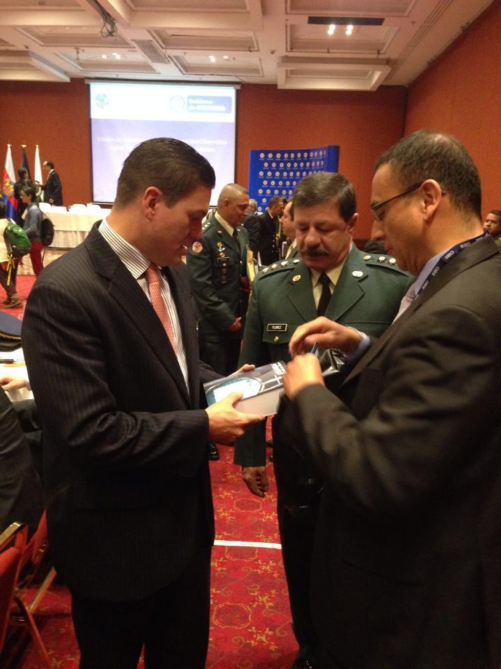 Expertos del Comité Internacional de Ciberseguridad de la OEA