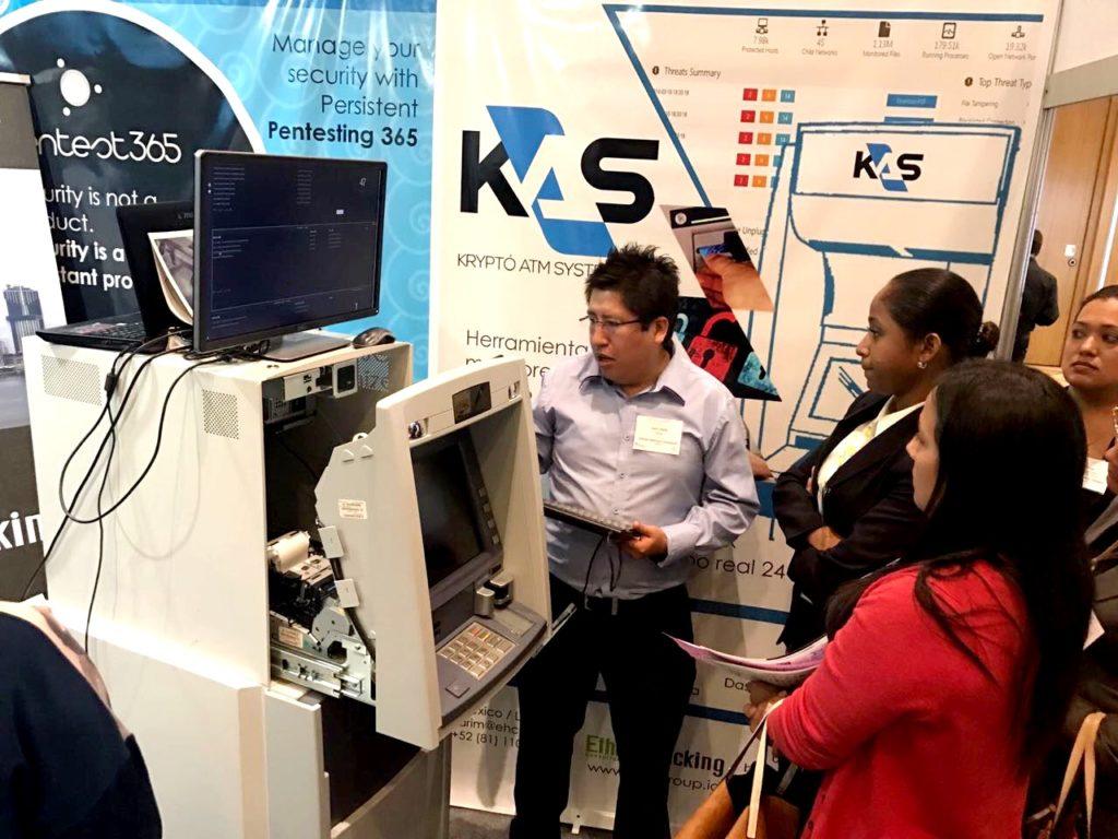 Demostración en vivo de KAS a los Banqueros de Panamá y otros países